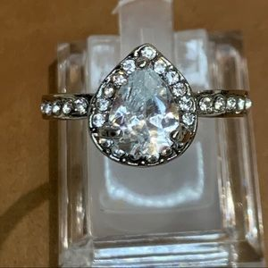 💍White topaz silver plated ring size 10💍